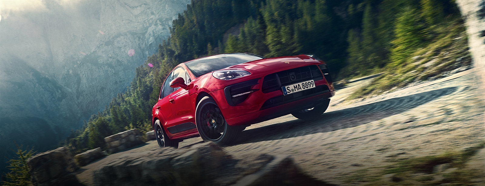 More of what you love. - De nieuwe Macan GTS.