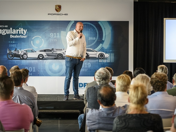 Porsche Singularity Tour