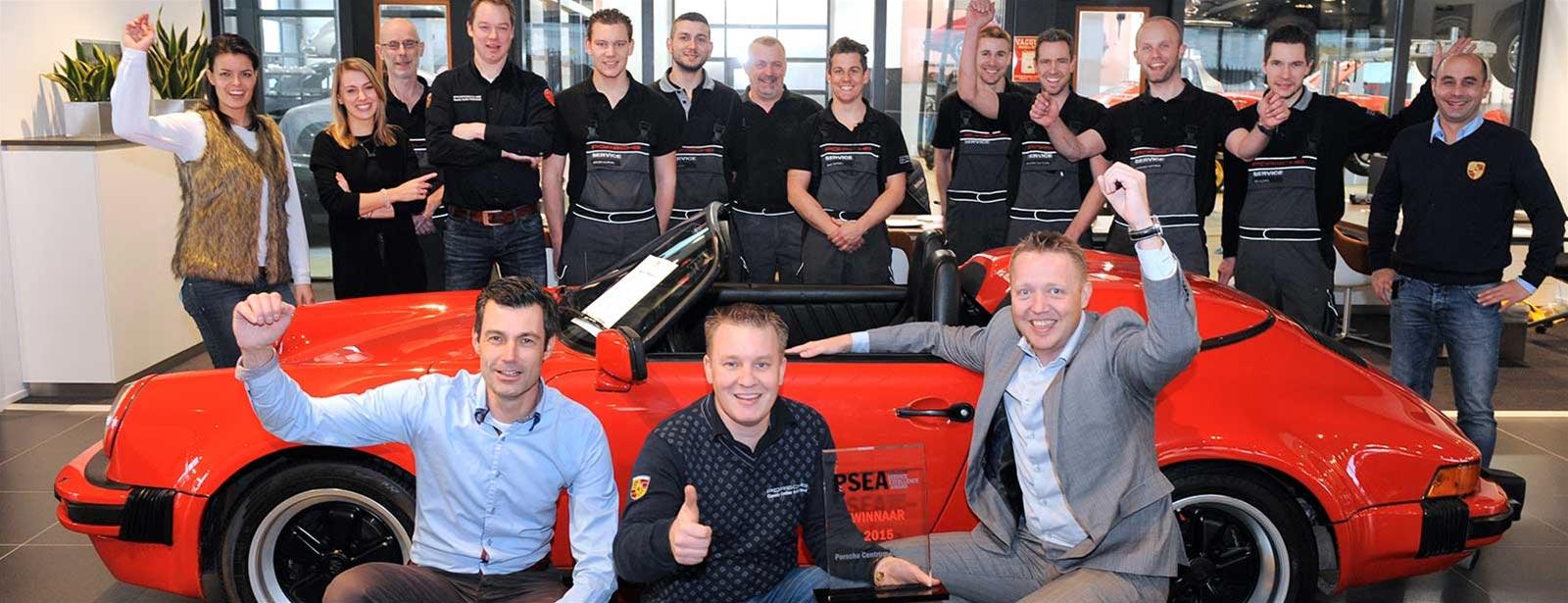 Porsche Service Classic Award. - Trotse winnaar 2015.